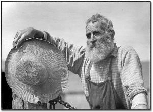 fd9a4-farmer-with-straw-hat